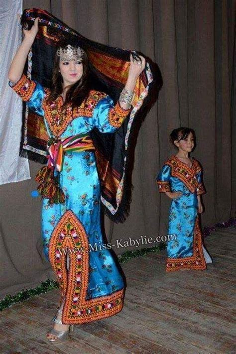 robe kabyle alg 233 rienne algeriantraditionaldresses alg 233 rie الجزائر algeria
