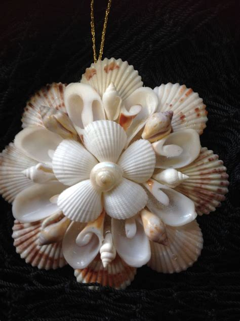 Seashell Christmas Tree Pinterest by Best 25 Seashell Christmas Ornaments Ideas On Pinterest