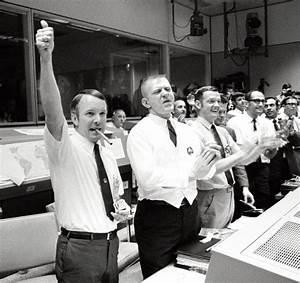 Apollo 13 Mission Control Personnel - Pics about space