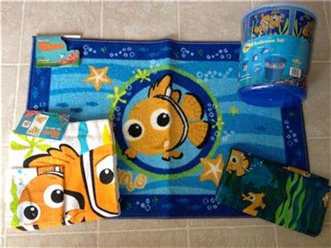 Disney Pixar Finding Nemo Bathroom Set by Finding Nemo 11 Pc Set Shower Curtain Towels Rug