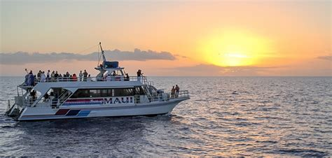 Boat Cruise Maui by Maui Sunset Dinner Cruise Romantic Sunset Cruises In Maui