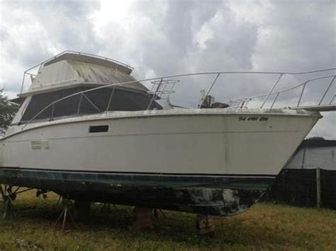 Boat Manufacturers Homestead Fl by Trojan 36 Sedan For Sale Daily Boats Buy Review