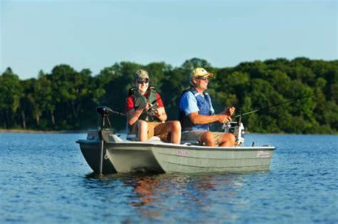 Sun Dolphin Boat Plug by Sun Dolphin Pro Fishing Boat 10 2 Feet Shop Fishing Tackle
