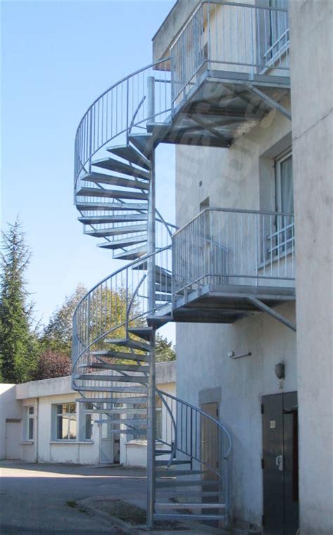 escalier de secours escaliers d 201 cors 174