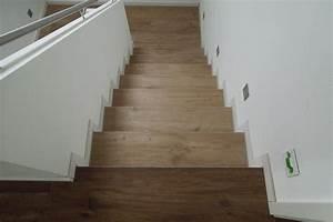 Treppen Fliesen Holzoptik : das fertige treppenhaus baublog wir bauen unser massivhaus ~ Markanthonyermac.com Haus und Dekorationen