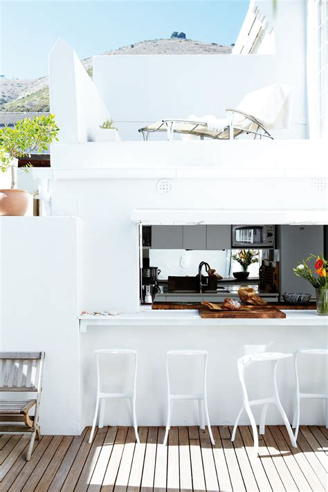 23 Creative Outdoor Wet Bar Design Ideas. Home Themes. Mailbox Post Ideas. Patio Ideas For Backyard. Beautiful Office. Contemporary Bathroom Lighting. Horizon Solar Power. Grey Carpet. Ceiling Mount Light Fixtures