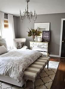 Schlafzimmer Design Grau : einrichtungsideen schlafzimmer gestalten sie einen gem tlichen raum ~ Markanthonyermac.com Haus und Dekorationen
