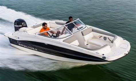 Good Boat Cover Brands by 187 Bayliner 190 Db Deckboat For A Crowd