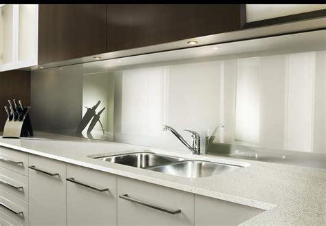 crdence en verre blanc cuisine laque couleur carbone mtallis crdence sur mesure en