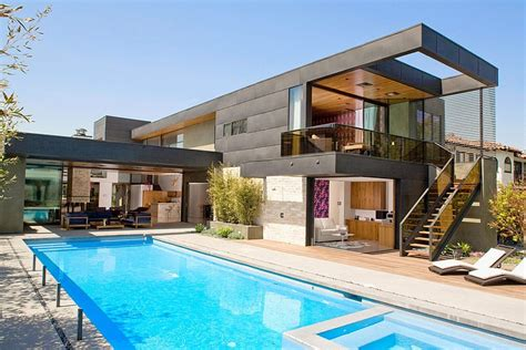 modern two level pool house in los angeles with a cheerful