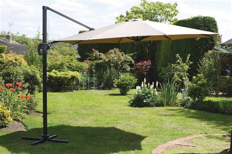 uk gardens 3 5m beige large cantilever hanging garden parasol umbrella with tilt