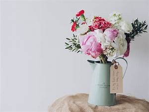 Beautiful Gifts for Mother's Day • Natural New Age Mum