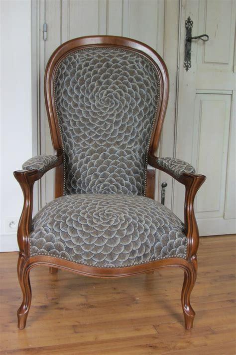 sup 233 rieur refaire une assise de chaise 6 changer le tissu dun fauteuil tous les messages sur