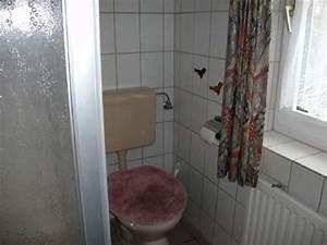 Toilette Mit Dusche : apartment f hnders wangerland frau insa f hnders ~ Markanthonyermac.com Haus und Dekorationen