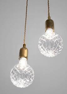 Deux Maximums Shop : o acheter une ampoule en guise de luminaire marie claire ~ Markanthonyermac.com Haus und Dekorationen