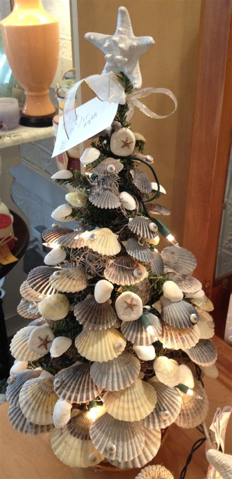 Seashell Christmas Tree Pinterest by Christmas Tree Decorated With Sea Shells
