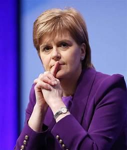 Nicola Sturgeon under pressure to include independence ...