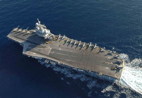 porte avion charles de gaulle on aircraft carrier and php