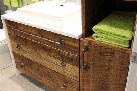 armoire a clefs en bois maison design jiphouse