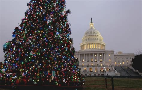 Religion Fades From Christmas In Us, But Cultural