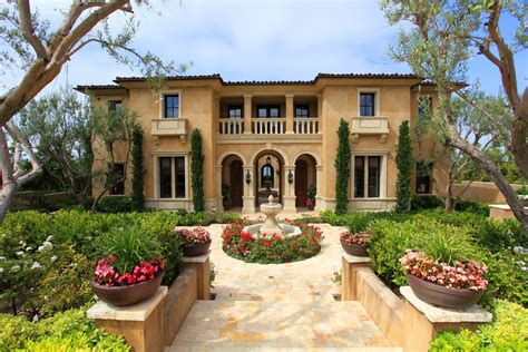 Mediterranean Style Homes : Picture Your Life In Tuscany In A Mediterranean Style Home