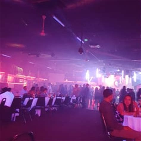 el patio club rialto ca united states it s a mexican club it s ok they