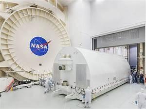 Le télescope James Webb arrive à Houston - Sciencesetavenir.fr