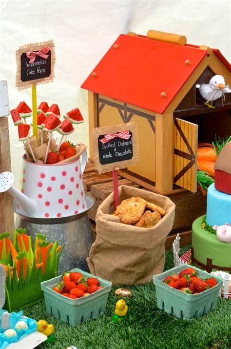 Kara's Party Ideas Farm + Barnyard Birthday Party