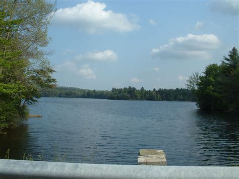 Lake Quannapowitt Boating by 11 Amazing Massachusetts Lakes To Visit This Summer