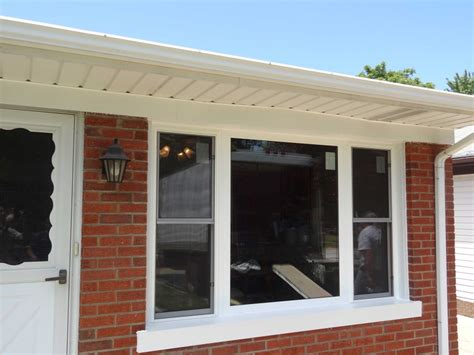 Bow Window Replacement With 3 Lite Double Hungs & Picture