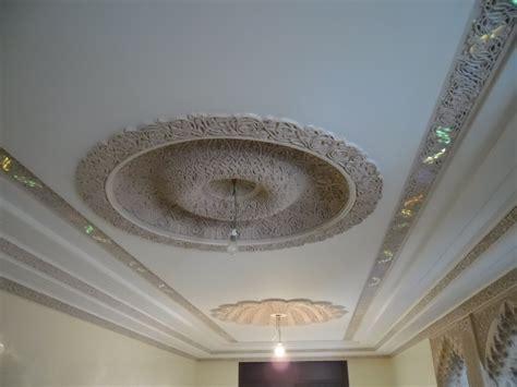 la d 233 coration de plafond platre design moderne plafond platre