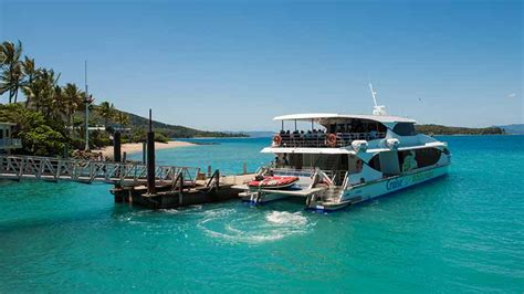 Boat From Hamilton Island To Airlie Beach by Whitsundays Airlie Beach Townsville Boat Tours