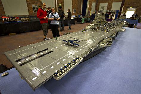 le plus grand porte avion en lego au monde souvent copi 233 jamais coll 233