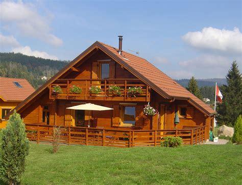 chalet traditionnel de montagne nos chalets en bois chalet 2 pans