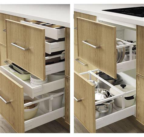 amnagement tiroirs cuisine cuisine amenagement tiroirs cuisine avec jaune couleur amenagement