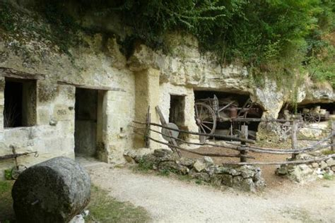 une des ferme picture of la vallee troglodytique des goupillieres azay le rideau tripadvisor