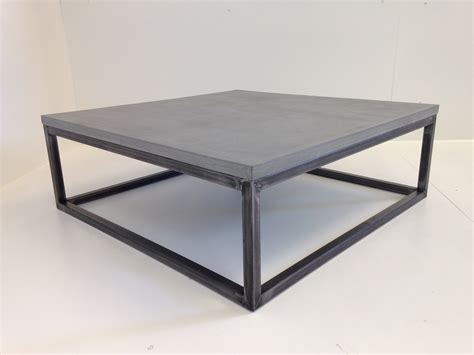 table basse en beton cire