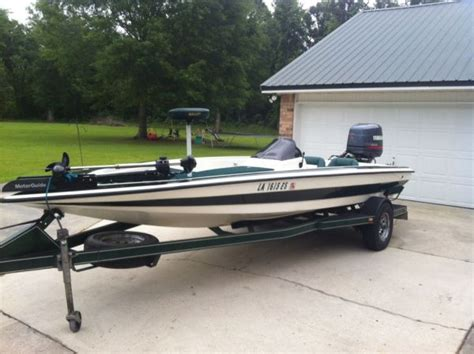 Boat Dealers Baton Rouge by 1996 Bullet Center Console Bass Boat For Sale In Baton