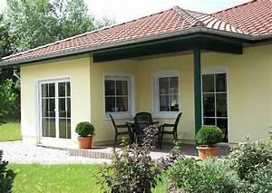 Fertighaus Bungalow Holz : wochenendhaus fertighaus holz ~ Markanthonyermac.com Haus und Dekorationen