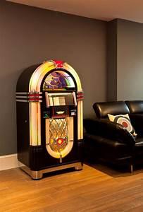 Rockola Bubbler Classic CD Jukebox - SAM Leisure