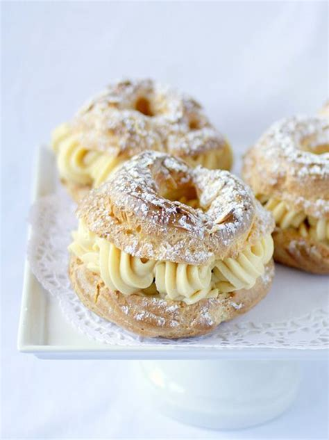 brest classic dessert a large ring of p 226 te 224 choux filled with a praline