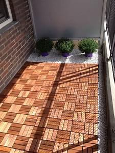 Gräser Kübel Terrasse : small terrace facelift pinterest k bel balkon und terrasse ~ Markanthonyermac.com Haus und Dekorationen