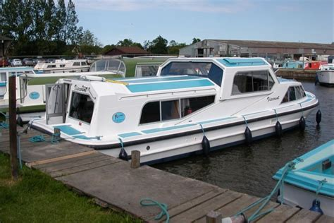 The Open Boat Full Summary by Viscount Richardson S Boating Holidays