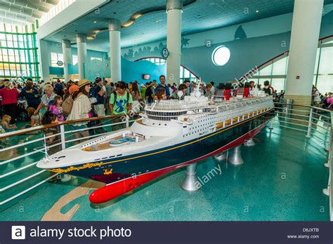 100 carnival paradise cruise ship sinking pictures how to build a cruise ship in
