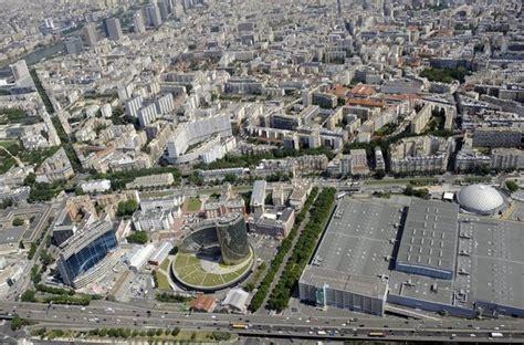 vue aerienne de la porte de versailles et du parc des expositions a le site de l