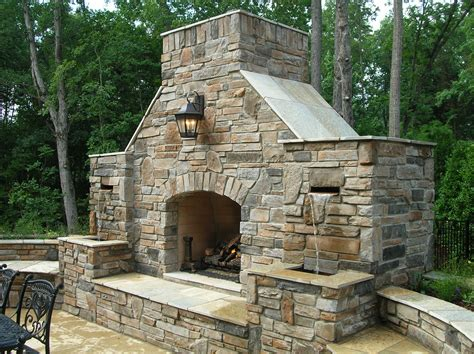 Outdoor Fireplaces : Outdoor Stone Fireplace Warming Up Exterior Space
