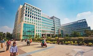 DLF may soon close two private equity deals to raise Rs ...