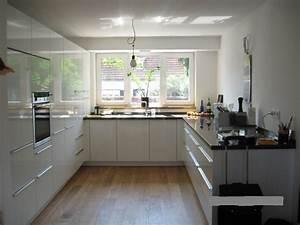 Küchen Weiß Hochglanz : schichtstoff hochglanz wei alno fertiggestellte k chen ~ Markanthonyermac.com Haus und Dekorationen