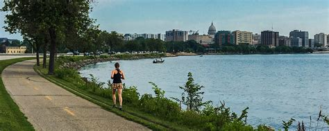 Paddle Boat Rentals Madison Wi by Wisconsin Explorer Things To Do In Madison Wi