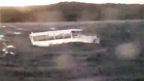 Duck Boat Capsized Video by Duck Boat Capsizes Near Branson Missouri At Least 17 Killed
